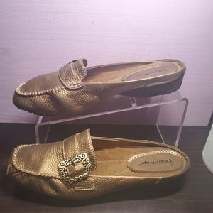 Bare Traps Wos Loafer Slides Pixy 10M Bronze Leath